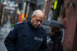 BCAS paramedic Clive Derbyshire in the alleyways of the Downtown Eastside of Vancouver. Photo by Jassa Campbell